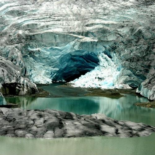 Eau des glaciers des Alpes suisses